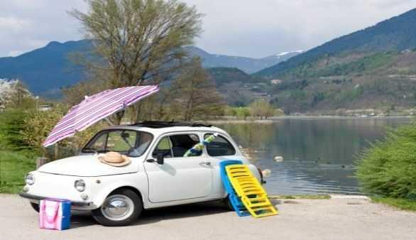 Fahrt mit dem Auto durch Italien