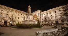 Piazza in die Basilika